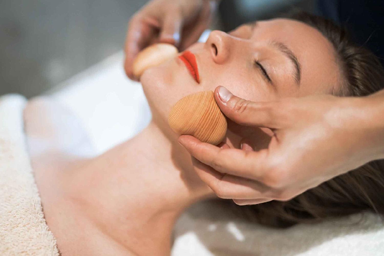 Maderoterapia y limpieza facial